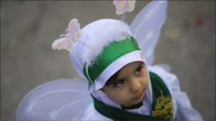 طفلة إيرانية