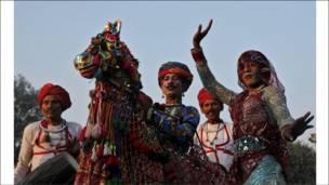 رقصة للخيل في الله آباد