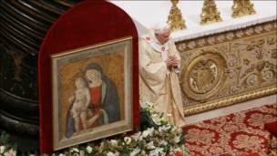 البابا يتاهب لرئاسة قداس عيد الميلاد