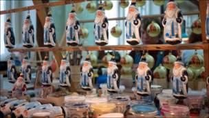 Елочные игрушки - фигурки Деда Мороза