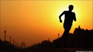تصویری از یک دونده در مسابقات کشورهای مشترک المنافع در هند