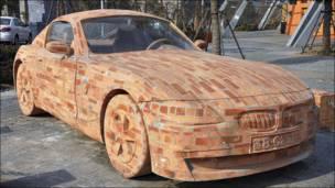 Кирпичная копия BMW Z4