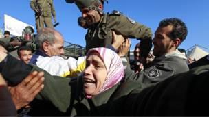 مظاهرة سلمية في تونس