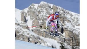 أمَّا الأمريكية ليندزي فون، المصنفة الأولى في العالم، فقد تحدَّت البرد القارس والثلوج كما يبدو في هذه القفزة