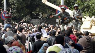 الجيش المصري في ميدان التحرير