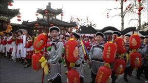 Cảnh chuẩn bị năm mới ở Bắc Kinh