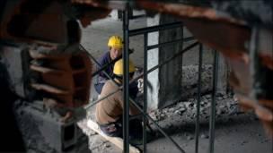 Công nhân Trung Quốc tại công trình xây dựng bệnh viện Kinshasa