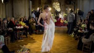 加里亚诺时装秀