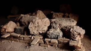 د بودا مجسمې د سوېلي برخې په یوه غار کې د بودا مجسمې ړنګې شوې ټوټې راغونډې کړای شوې، چې لرغون پوهان پرې دا مهال کار کوي .