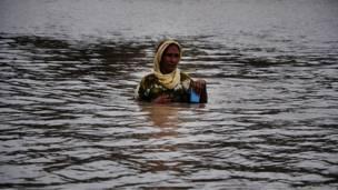 ضربت الفيضانات العنيفة باكستان في اغسطس/ آب الماضي