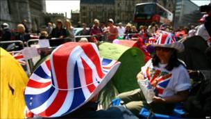 BBC英伦网记者沈平用镜头带读者感受王室婚礼前夕伦敦的热闹气氛。