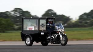 Самый быстрый мотоцикл-катафалк в мире