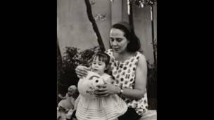 Vilma Espín y Mariela Castro