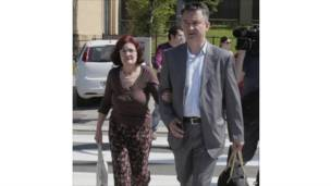 Istri dan putra Mladic