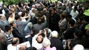 تشییع جنازه عزت الله سحابی