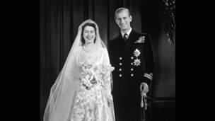 女王结婚照