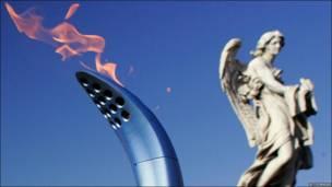 د ۲۰۰۶ کال د ژمنیو المپیک تورین مشعل په روم کې د انجلو پر سپېڅلي پول تېرېږي. دغه مشعل تورین ته تر رسېدو وړاندې پر ۱۴۰ ځایونو تېر شوی و .