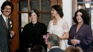 فیروز زاهدی، همسرش و الیزابت تیلور