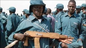 په سوېلي سودان کې پولیس د روزنې پرمهال .