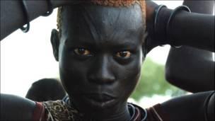د جنوبي سودان یوه ښځه: راتلونکی به ددوی ژوند څرنګه وي؟