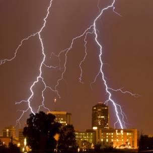 Tempestade no Arizona. Foto: Mark Humpage/Caters