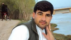 احمد امید خپلواک پر هغه ورځ هم له اروزګان څخه راپور جوړ کړی و، چې په کې په حق ورسېد.