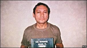Imagem de Noriega em prisão nos Estados Unidos