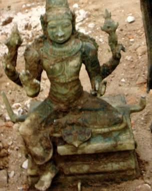 சோழர் காலத்து சிலை