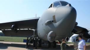 B-52 на МАКСе