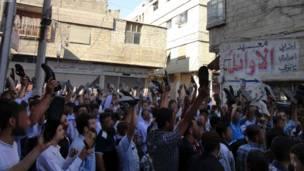 سقبه، سوریه: د حکومت ضد نوي لاریونونه.