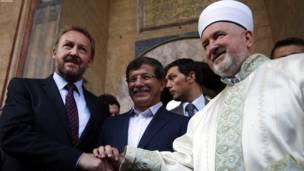 سراییو: د ترکیې د بهرنیو چارو وزیر او د هغه بوسنیایی سیال د اختر ترلمانځه وروسته.