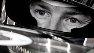 Jenson Button antes do GP da Austrália (foto: Andrew Hone / Sightsavers)