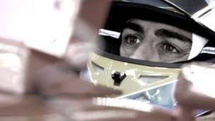 Fernando Alonso antes do GP do Canadá (foto: Andrew Hone / Sightsavers)