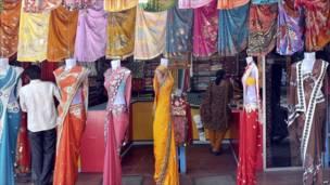 متجر في مومباي
