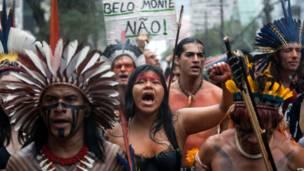Unjuk rasa menentang bendungan Belo Monte