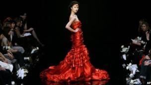 107e3231cc6b3 Las mujeres ya dan la talla en el mundo de la moda - BBC News Mundo