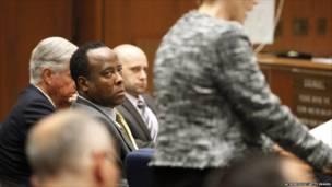 محاكمة طبيب مايكل جاكسون