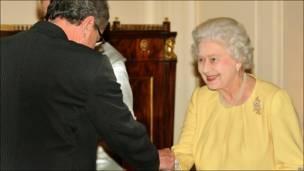 女王见拉什