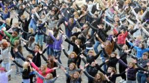 Флешмоб во Львове, Украина