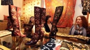 Выставка изделий мастеров в Ташкенте
