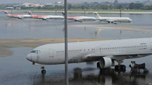 Самолеты в воде