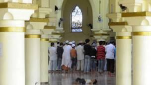 Masjid Emas di Manila