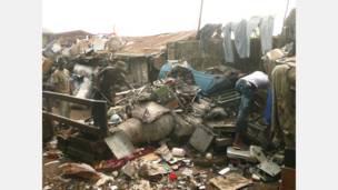 موقع لتفكيك الأجهزة الاليكترونية في لاغوس بنيجيريا