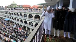 इस्लाम धर्मावलम्वीहरु