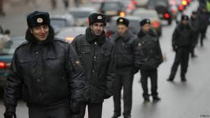 مسکو کې د لاریون او اړدوړ د مخنيوي په موخه شاوخوا ۵۰ پولیس او د اړدوړ ضد پولیس ګمارل شوي.