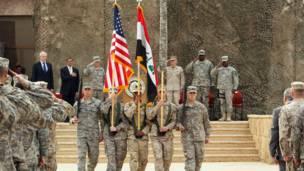 مراسم انسحاب الجيش الامريكي من العراق