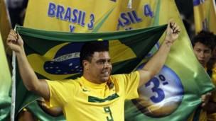 खेल 2011