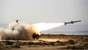"""Стартует иранская ракета дальнего радиуса действия """"Кадер"""""""