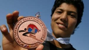 لاعب التايكوندو الأفغاني روح الله نكباي