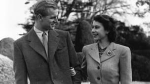 Ноябрь 1947: Принцесса Елизавета и принц Филипп, герцог Эдинбургский
